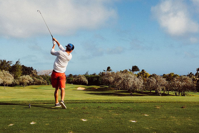 Chasing-the-Elusive-Free-Round-of-Golf