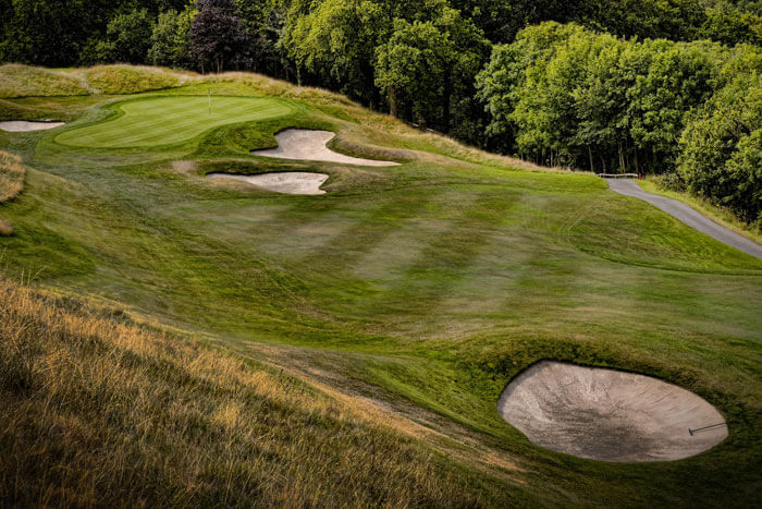 How-to-Make-a-Great-Bunker-Shot-from-Wet-Sand